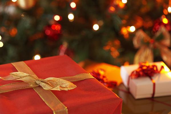 Christmas-gifts600